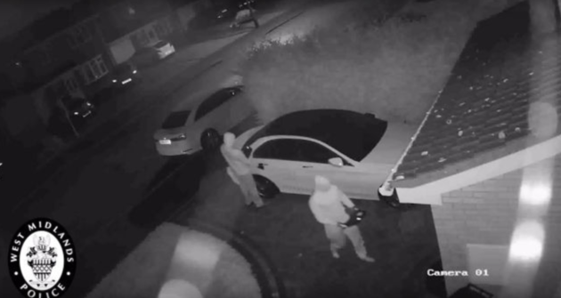 Car stolen without using a key! how to protect you car from relay box theft